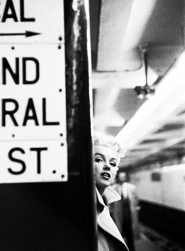 Marilyn Monroe by Ed Feingersh 2 Photos of Marilyn Monroe in Four Days in New York, 1955 by Ed Feingersh