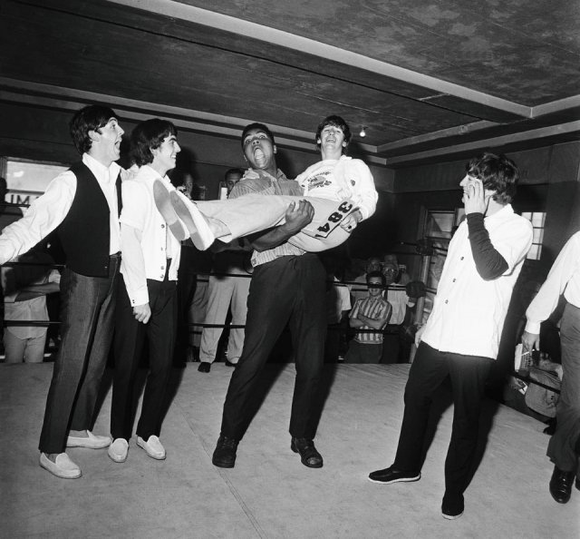 The Beatles met Muhammad Ali 1964 8 The Beatles met Muhammad Ali, 1964