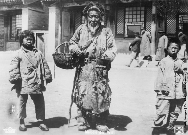 Old Photos of Tibetans