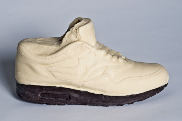chocolateairmax06 600x399 Chocolate Nike Air Max 1 by Joost Goudriaan