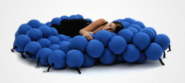 molecular bed 600x271 Top 10 Unusual But Cool Bed Designs