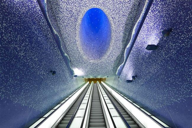 177 Toledo Metro Station by Oscar Tusquets Blanca
