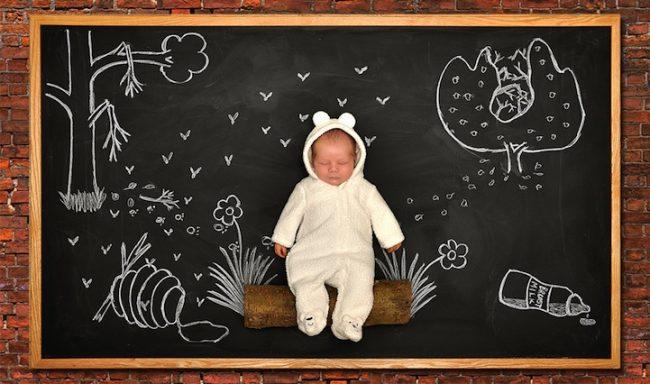 3 Breakfast 650x384 Mother Creates Babys Adorable Blackboard Adventures