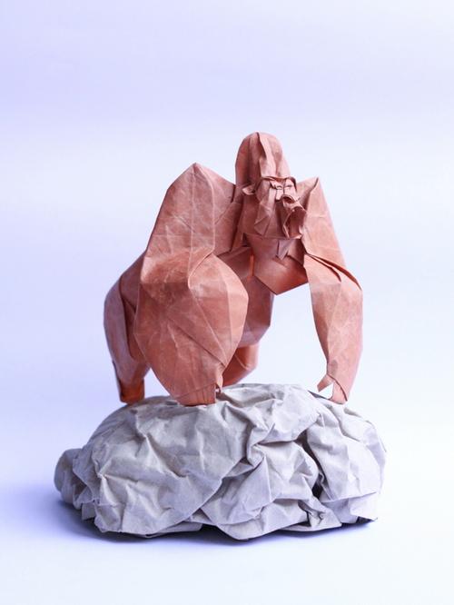 NguyenHungCuong01 Paper sculptures of Nguyen Hung Cuong