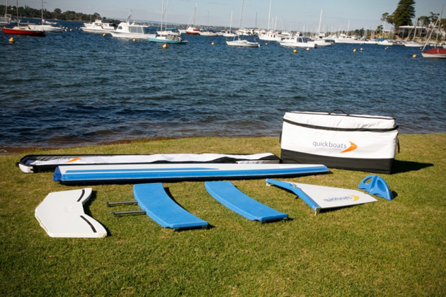 Foldable Boat Assembles In Just 60 Seconds