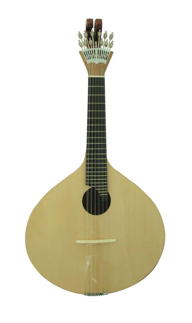 SIZAVIEIRA01 650x1091 Portuguese Art Guitar