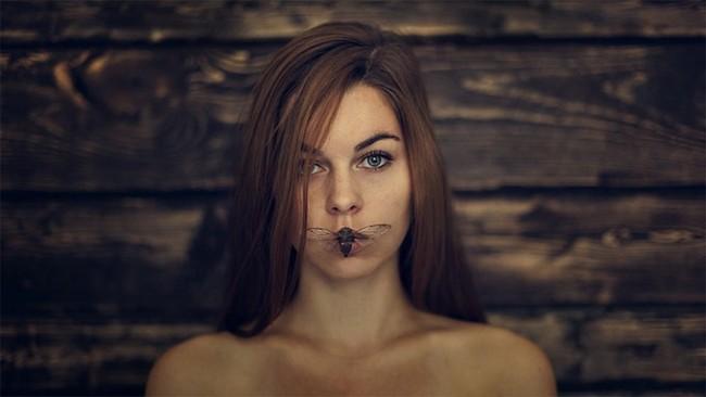 ameliafletcherself4 650x366 Self Portraits of Amelia Fletcher