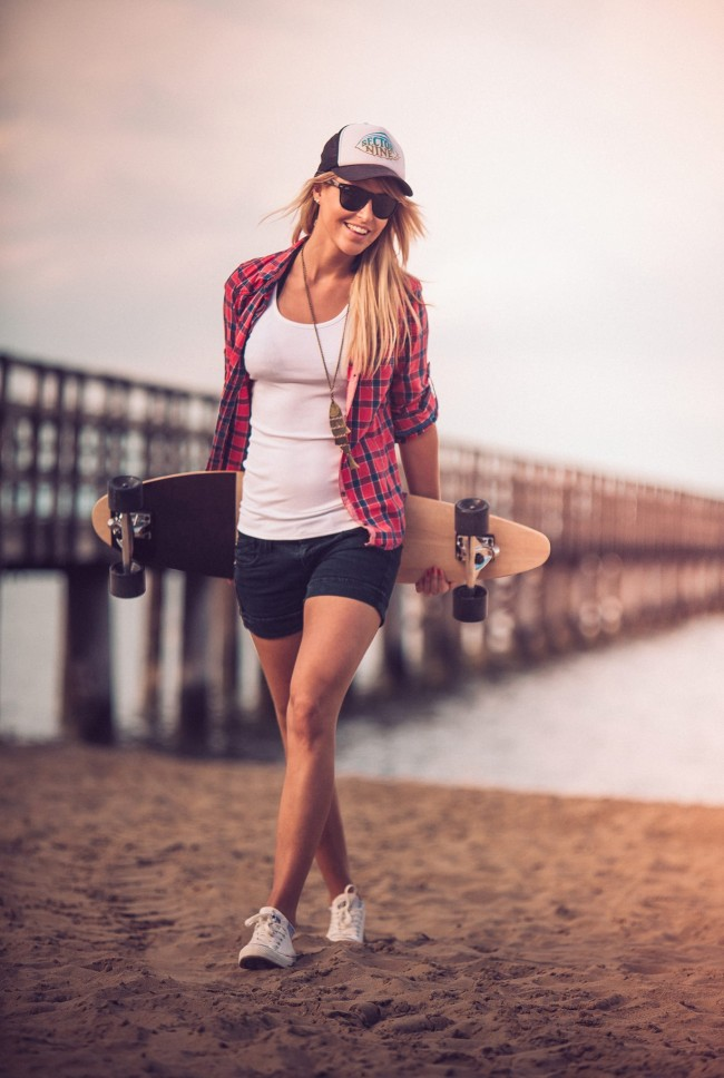 dimension two girl 650x968 Dimension Two Longboarding summer