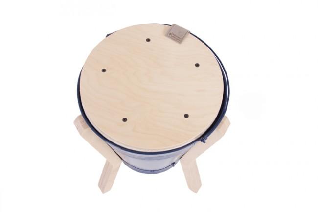 "leibal bucketstool lennard 11 650x433 Light ""0″ by 220+design"