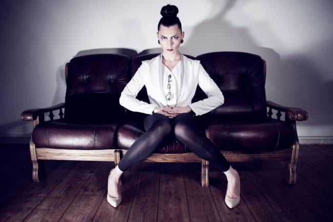 sebastian hilgetag for deumeure 011 650x433 Inspiring Fashion Photography by Sebastian Hilgetag