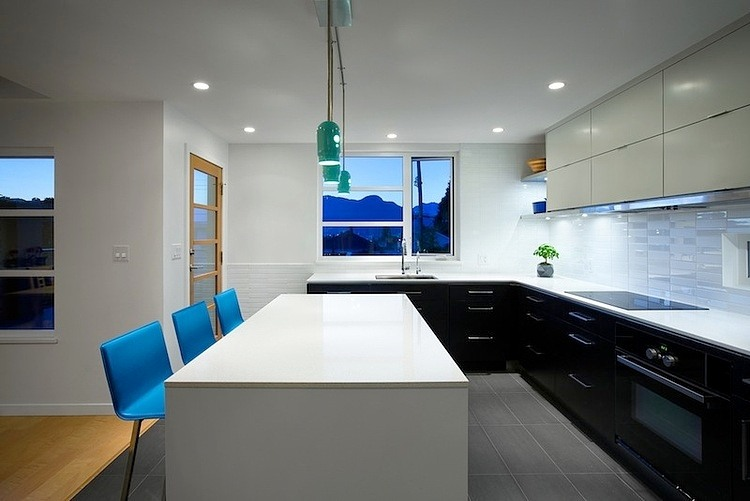 001 modern home vancouver marken projects Modern Home in Vancouver by Marken Projects