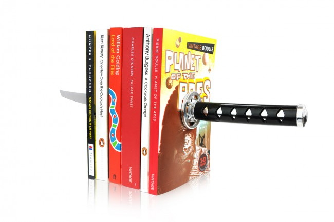 Katana Bookends 650x433 KATANA Bookends