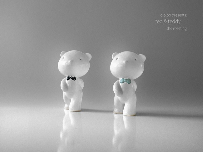 tedandteddy1 s1 650x487 Diploos Ted & Teddy   The Meeting. Hand crafted ceramic figurines.