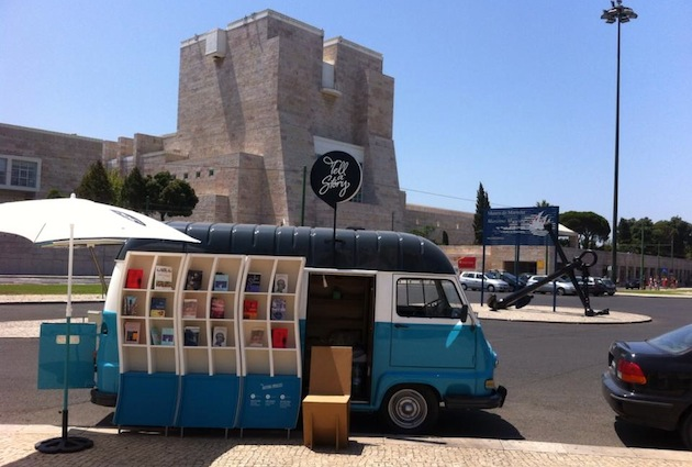 vna1 Cultural Bookstore on Wheels in Portugal