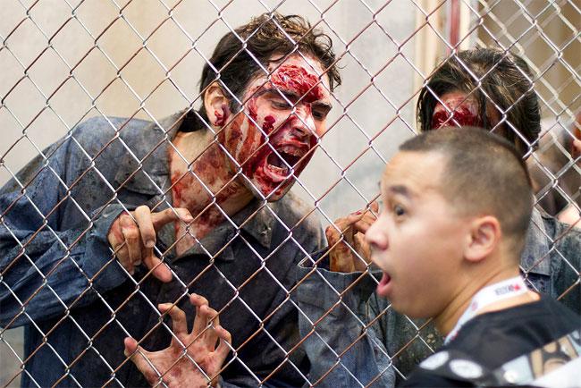 1256 2013 San Diego Comic Con Zombie Walk