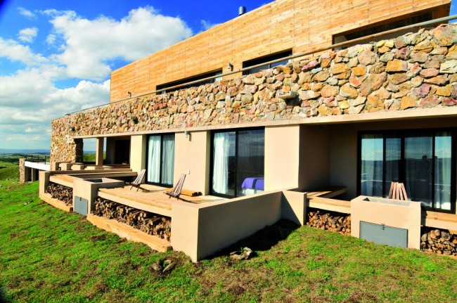 Rustic Cerro Místico Hotel by FDS Arquitectos1 1 650x431 Rustic Cerro Místico Hotel by FDS Arquitectos