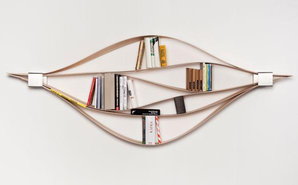 chuck bookshelf warp 01 Chuck: Warping Bookshelf