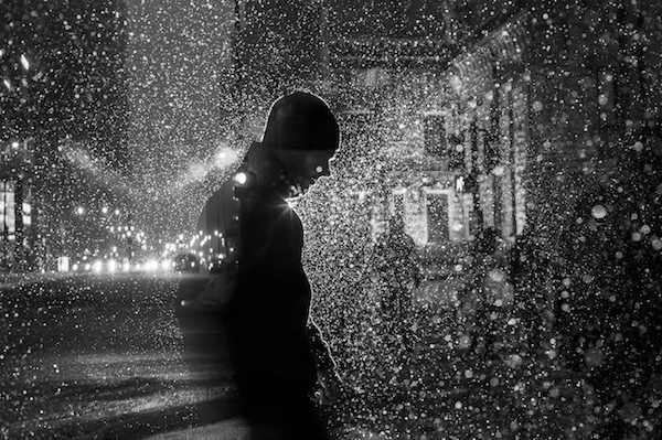 satokinagatalightsinchicago1 Glowing Silhouettes of Strangers in Chicago