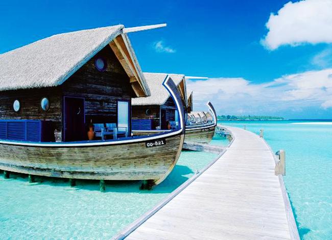 wooden boat hotel in coco island maldives 6 Picturesque Boat Hotel in Coco Island Maldives