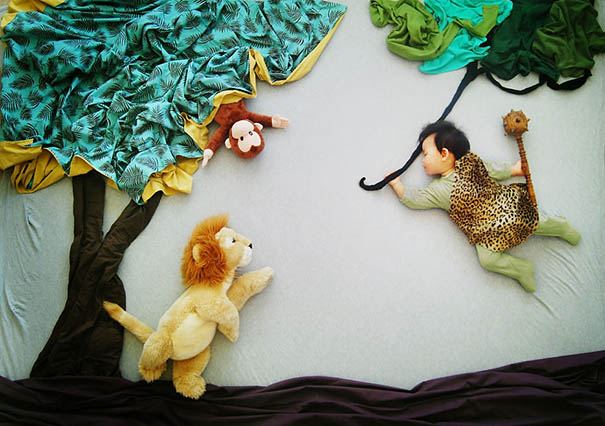 278 Creative Mom Turns Her Babys Naptime Into Dream Adventures