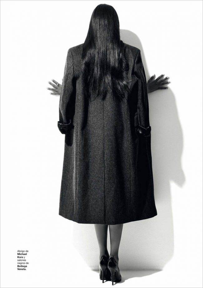Naomi Campbell Harpers Bazaar Spain Xevi Muntane 02 650x924 Naomi Campbell for Harper's Bazaar Spain