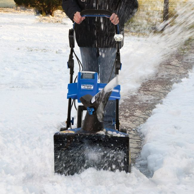 Snow Joe Cordless Snow Blower 650x650 Snow Joe Cordless Snow Blower