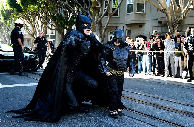 1183 Photo of the Day: Batkid