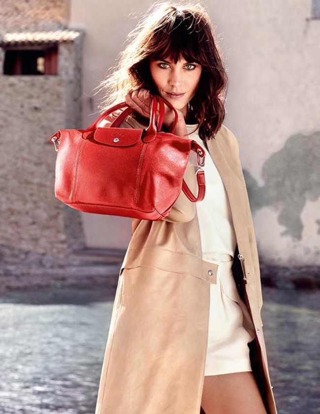211347 800w 650x842 Alexa Chung For Longchamp Campaign