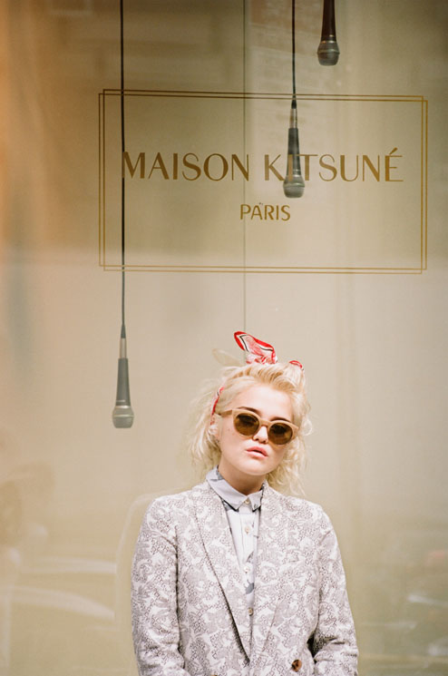 494x745xsky maison kitsune4.jpg.pagespeed.ic .stfEsDS8K2 Sky Ferreira by Henrik Purienne for Maison Kitsune
