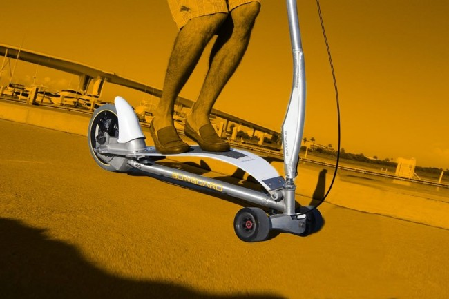 Bowboard Scooter 650x433 Bowboard Scooter
