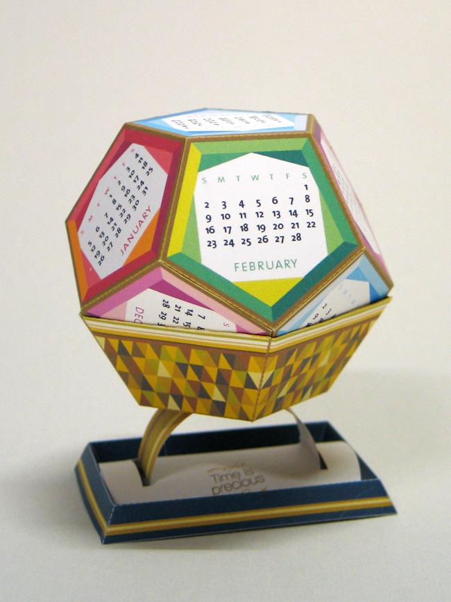 DYT01 DIY paper calendar by 3eyedbear