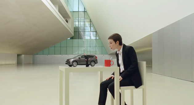 Honda CR V Spot2 Honda shines with optical illusions in new commercial