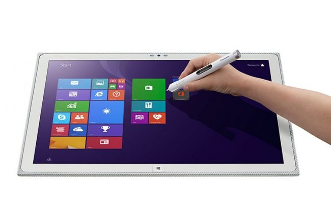 Panasonic 20inch Tablet 6 750x500 650x433 Panasonic Created The Worlds Largest Tablet