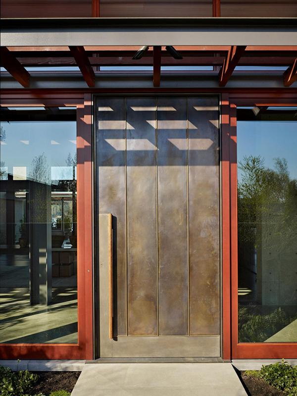 Pavilion House Olson Kundig Architects 02 1 Kindesign Open glass pavilion house on the shores of Lake Washington