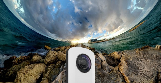 Ricohs Theta REIGN23 3 960x500 650x338 A Camera That Takes Full Spherical Photos With A Single Press Of The Shutter