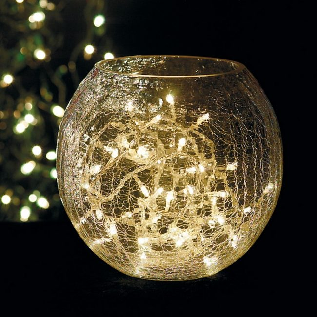 crackle glass 650x650 A beautiful parlane crackle glass table lamp