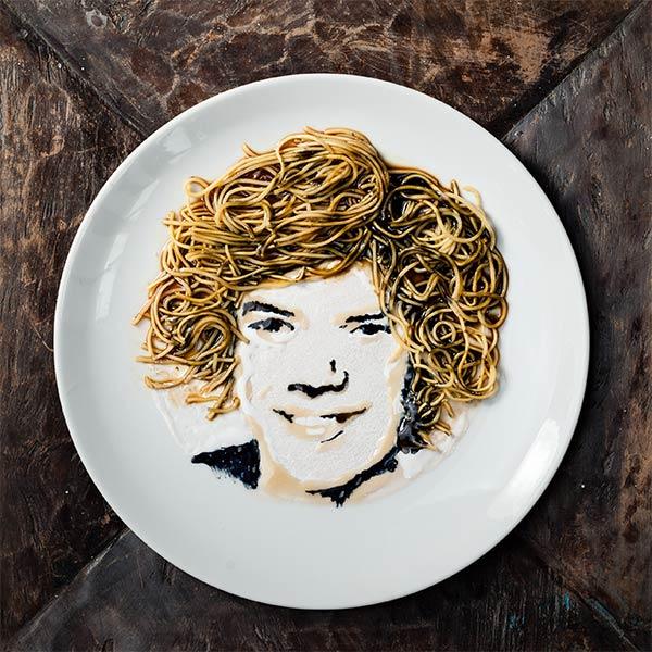 noodles portrait1 Celebrity Portraits Made From Noodles & Soy Sauce