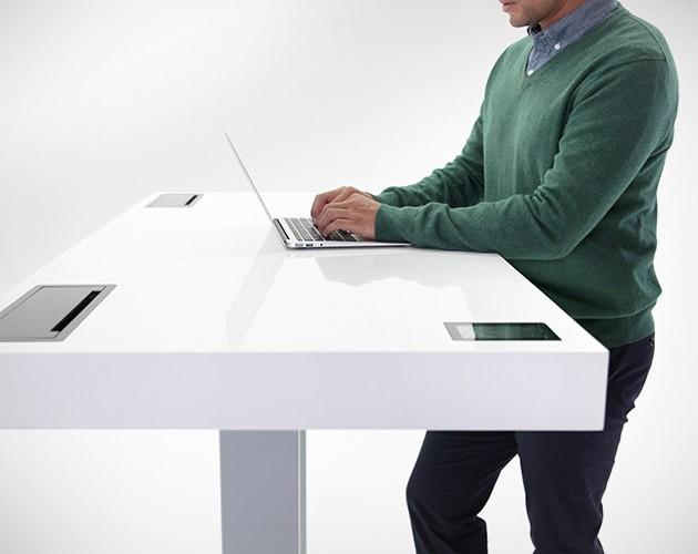 stir kinetic desk 630x500  Stir Kinetic Desk The World's First Smart Table