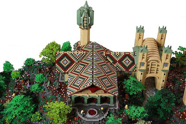 001 LOTRs Rivendell Recreated with 200,000 LEGO Bricks