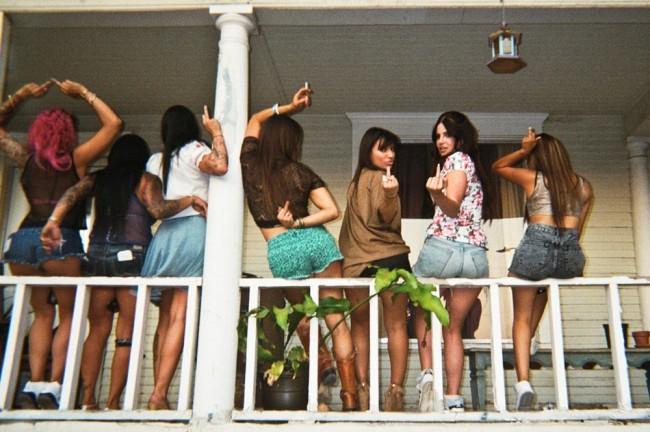 1058438 650x432 Lana Del Rey   Tropico