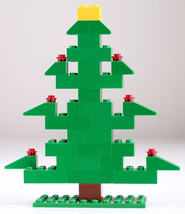 33o DIY Lego Christmas Tree