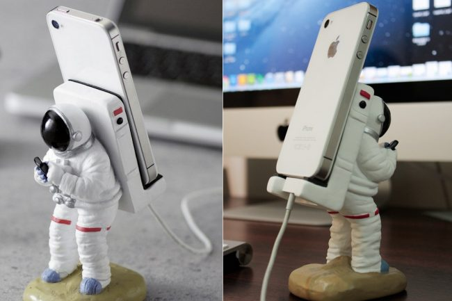 Smartphone Mount Astronauts 11 650x433 Smartphone Mount Astronauts