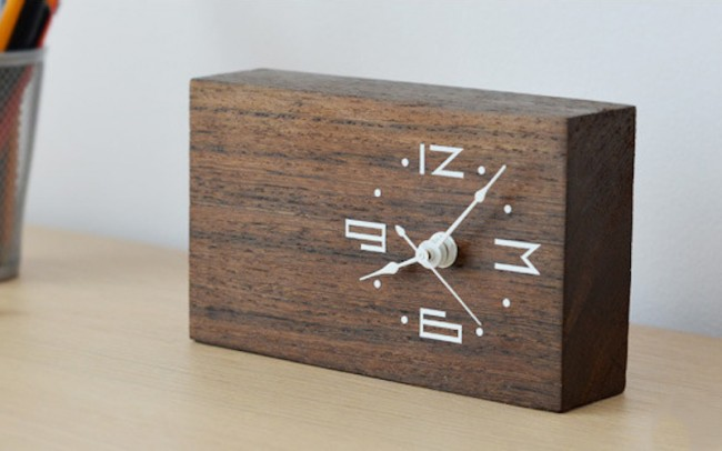 Woodtime Simple Modern And Minimal Bare Wood Clocks 650x406 Woodtime: Simple, Modern & Minimal Bare Wood Clocks