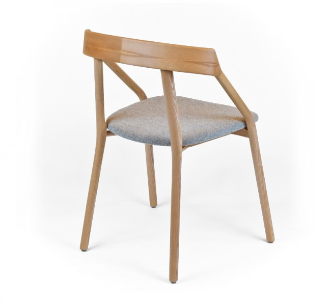 leibal yichair young 4 650x593 Yi Chair by Michael Young