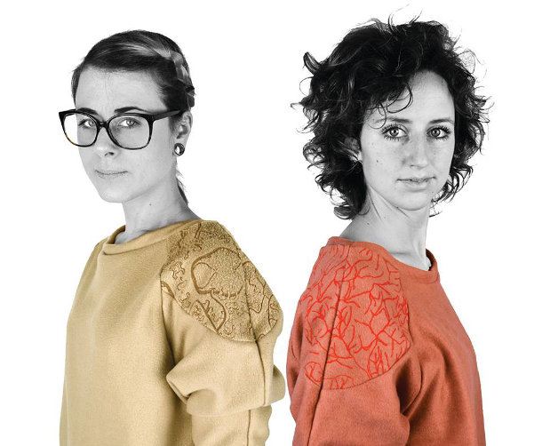 trui brandwonden stichting Inspired by a woman who was struck by lightning: a sweater with burned veins