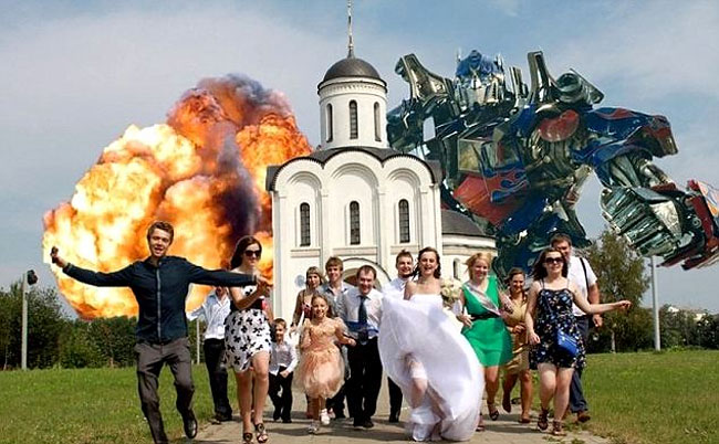 040 Thank You, Photoshop... Russian Wedding Photos are Bizarre.