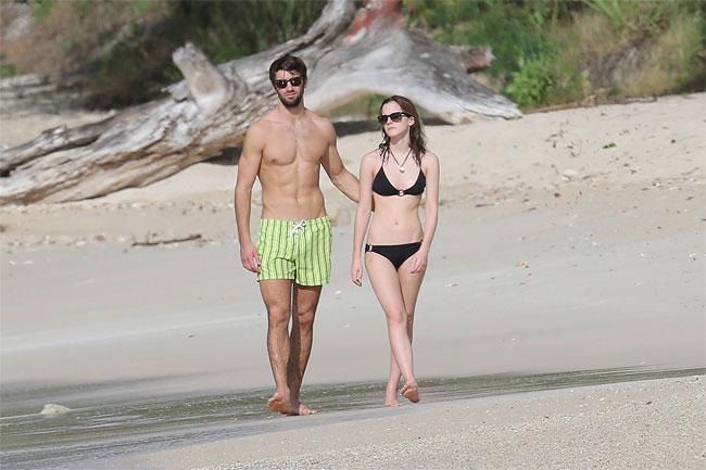 1251 Emma Watsons New Boyfriend