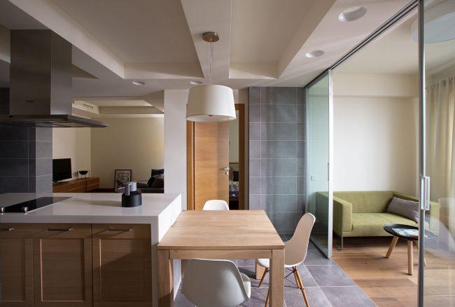 13 11 23 0953 650x438 Modern apartment by Irina Mayetnaya and Mikhail Golub in Kiev, Ukraine