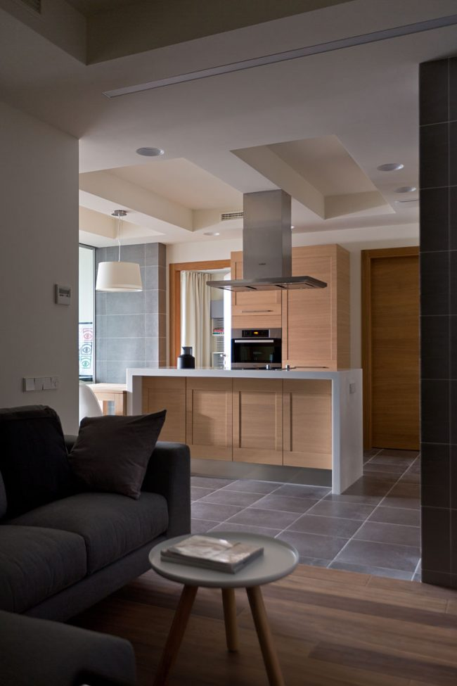13 11 23 1093 650x975 Modern apartment by Irina Mayetnaya and Mikhail Golub in Kiev, Ukraine