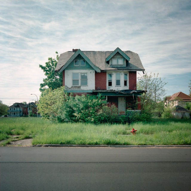 1319723375 2 640x640 100 Abandoned Houses by Kevin Bauman